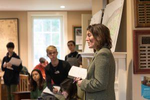 Laura Martin teaching Introduction to Environmental Studies.